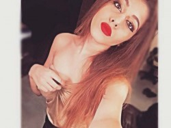 Oh My God See The Hot Pictures Of Pooja Bedi Daughter Aaliyah Ebrahim