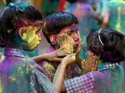 Holi Celebration In West Bengal