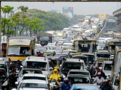 Indonesia Traffic Jam 12 Die In Massive Java Gridlock During Ramadan