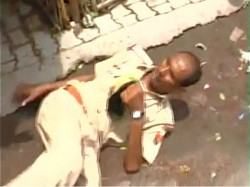 Caught On Camera Drunk Policeman Creates Scene Kanpur Uttar Pradesh