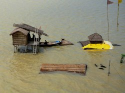 Flood Situation Occurd In West Bengal