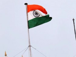 Tricolor Falls During Hoisting Jammu Kashmir Cm Probe Ordered