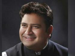 Sandeep Kumar Allegedly Caught On Sex Tape Get Saked By Kejriwal