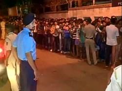 Stampede During Naval Exam Mumbai S Malad Many Feared Injured