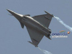 Pak Journalist Tweets F16 Flying Over Islamabad Causes Panic Karachi Stock Market Suffer