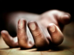 School Girl May Be Died Accidentally Falling From Roof At Kolkata