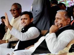 Samajwadi Party Internal Crisis A Warning For India S One Man Politcs