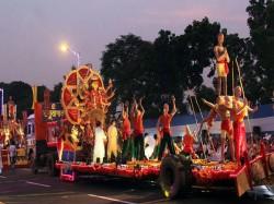Grand Idol Carnival Road Show At Kolkata Red Road Today