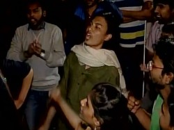 Jnu Students Confine Vc Admin Block
