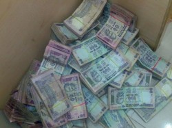 Delhi Doctor Found With 70 Lakhs Cash In Rs 100 Notes