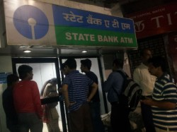Note Ban Atm Service Started Still Public Faces Problems