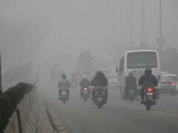 Schools Shut Delhi Chokes Pollution 12 Times Worse Than Safe