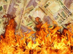 Burnt Currency Notes Found Up Bareli
