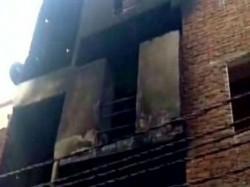 Feared Dead Factory Fire Ghaziabad