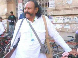 Demonetisation Former Chambal Dacoit Malkhan Singh Stands Atm Gwalior