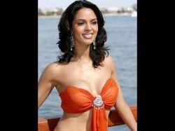 Mallika Sherawat Was Tear Gassed Punched Paris Say French Police