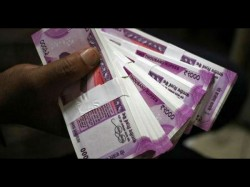 New Currency Notes Worth Over Rs 95 Lakh Sezied Hyderabad