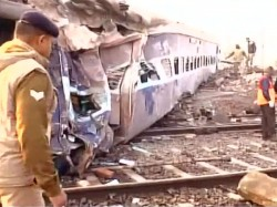 Sealda Ajmer Express Derail Accident Due To Fog Major Casualties Averted