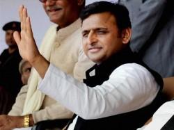 Akhilesh Yadav Ramgopal Yadav Back In Samajwadi Party