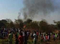 Dead 3 Injured Helicopter Crash Aarey Colony Area Mumbai