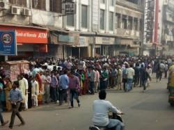 New Delhi Man Attacked Blaming Pm Modi Queue Outside Atm