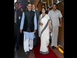 Energy Outage Cm S Flight Trinamool Congress Sees Conspiracies