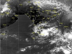 Heavy Rain Andaman Sea Winter Air Couldn T Enter Bengal