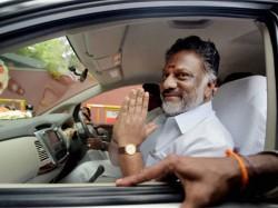Jayalalithaa Loyalist Panneerselvam Be Her Successor