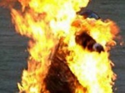 Man Sets Himself On Fire After Wife Refuses Live With Him