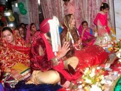 Photos Yuvraj Singh Marries Hazel Keech Best Images From Wedding