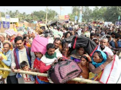 To Achieve Virtue Pilgrims Crowded At Gangasagar Beach On Makar Sankranti