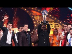 Bigg Boss 10 Finale Manveer Gurjar Wins Donates Half Prize Money To Charity
