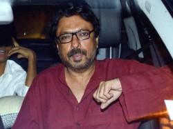 No Intimate Scene Padmavati Says Sanjay Leela Bhansali After Attack