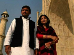 Love Story Akhilesh Dimple Yadav Is Not Less Than Filmy Story