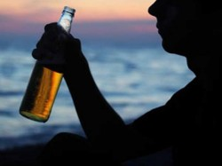 Murshidabad S Elahiganj Becomes West Bengal S First Village Ban Alcohol