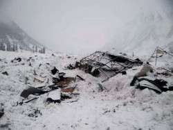 Death Toll From Afghan Avalanches Tops