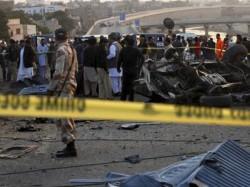 At Least 4 Killed 12 Injured Three Blasts Charsadda Court Pakistan