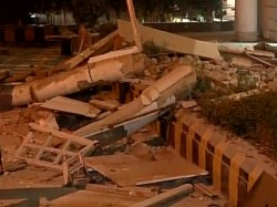Delhi Section Building Collapses Connaught Place