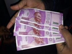 Fake Rs 2 000 Notes Another Children Bank India Victim Step S Forward