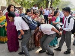 Chhattisgarh Govt Ask Schools Celebrate Parents Day On Valentine S Day