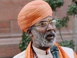 Bjp Mp Sakshi Maharaj Jumps Into Kabristan Row Says No Need To Bury The Dead