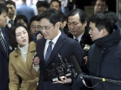 Samsung Chief Lee Arrested As South Korean Corruption Probe Deepens