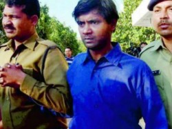 Serial Killer Udayan Das Is Brought The State Presented To The Court