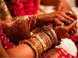 Bill Seeks Curb Extravagant Weddings