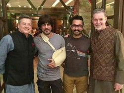 Shahrukh Aamir Khan Spend Khantastic Night With Netflix Ceo