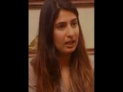 Don T Want Enter Politics Abvp Fight Like Says Gurmehr Kaur