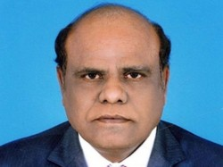 Dg Cp Went Justice Karnan S House With Supreme Court Warrant