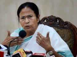 Mamata Condemns Centre S Decision Make Aadhar Compulsory Mid Day Meals