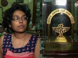Poet Mandakranta Sen Was Threatened Gang Rape