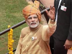 Modi Set Become India S Third Most Successful Pm After Nehru Indira Ramchandra Guha
